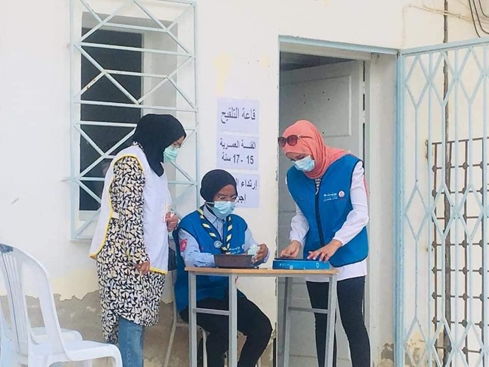مشاركة نادي لم الشمل القيروان في الحملة الوطنية للتلقيح للفئات العمرية من 15 إلى 17 سنة ومن 40 سنة فما فوق وإضافة الفئة العمرية من 18 سنة إلى 39 سنة